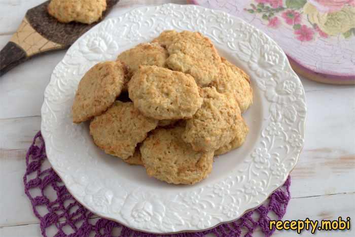 Печенье из нутовой муки и кокосовой стружки